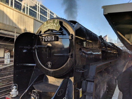 PG - Oliver Cromwell Victoria station